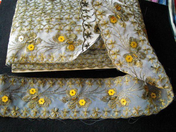 Текстилна лента ширина