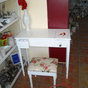 2 в 1-Тоалетка/бюро + табуретка