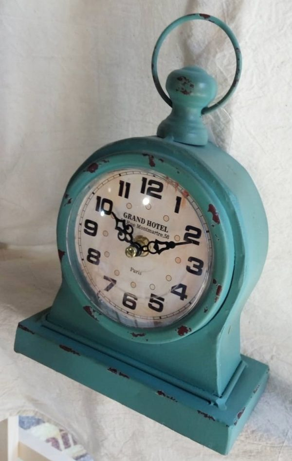 Часовник настолен метал Grand hotel